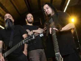 fear factory con tony campos 2021 e1617976570188 700x490 1